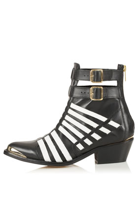 Top Shop POWERFUL strap boot